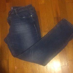 Med wash denim skinny jean
